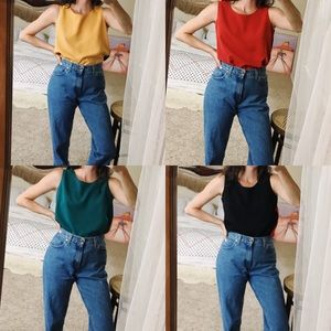 Tops - Vintage boxy fit colorblocked sleeveless top